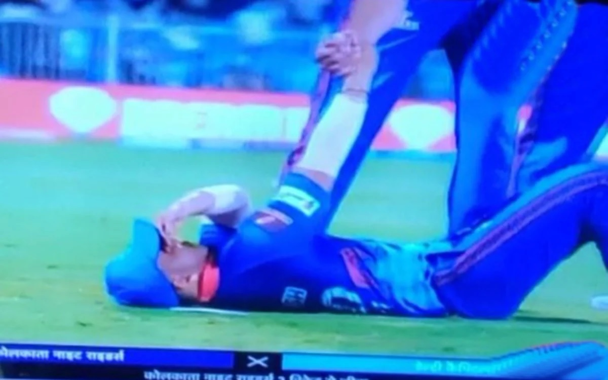 Cricket Image for VIDEO: Prithvi Shaw Breaks Into Tears After Losing Against Kolkata Knight Riders