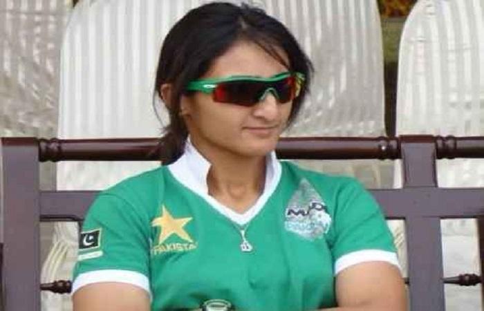 डेनियल व्याट के बाद एक और महिला क्रिकेटर कोहली पर हुई फिदा