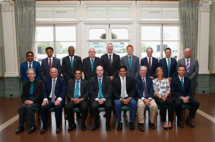 बल्लों में एकरूपता चाहती है आईसीसी क्रिकेट समिति