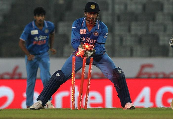 350 शिकार करने वाले पहले भारतीय विकेटकीपर बने एमएस धोनी